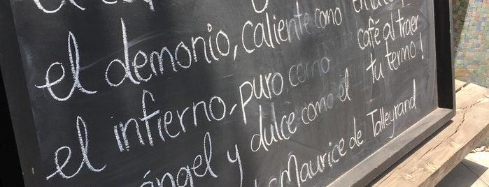 Delirio Cocina de Barrio is one of Locais curtidos por Angel.