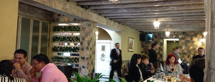 Casa Criolla is one of Restaurant..