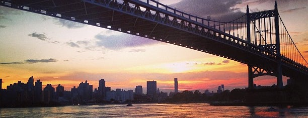 Astoria Park is one of NYC Sunset Spots.