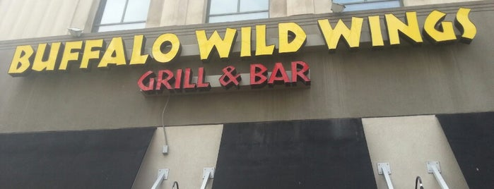 Buffalo Wild Wings is one of Locais salvos de JRA.
