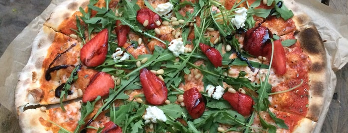 Camorra Pizza&Birra is one of สถานที่ที่ Тимур ถูกใจ.