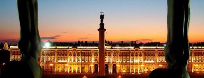 Дворцовая площадь is one of Тимур : понравившиеся места.