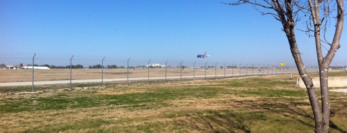 Family Viewing Area (Airport) is one of Tempat yang Disimpan JL Johnson.