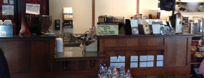 Peet's Coffee & Tea is one of Tempat yang Disukai Kouros.