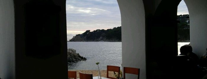 Restaurant Les Voltes is one of Terrazeo en la costa catalana.