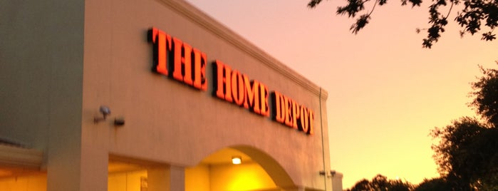The Home Depot is one of Orte, die Tammy gefallen.