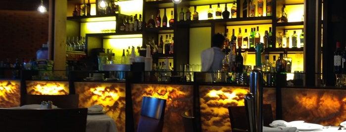 La Estancia Argentina is one of Locais curtidos por David.