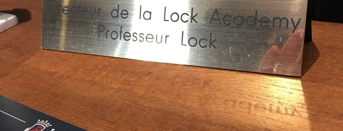 Lock Academy is one of Locais curtidos por Dhaya.