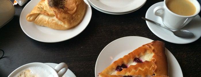 Пражские булочные is one of СПб. Чай-кофе-десерты.