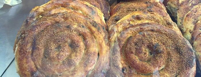 Demirkollar Fırını Gelincik Şubesi is one of Locais curtidos por Korhan.