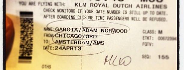 Air France / KLM Check-in is one of Josh: сохраненные места.