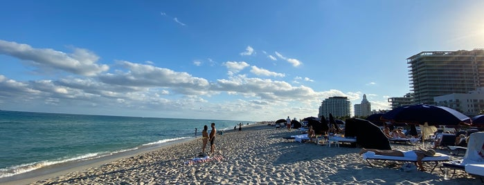 Beach @ Cadillac is one of สถานที่ที่ David ถูกใจ.