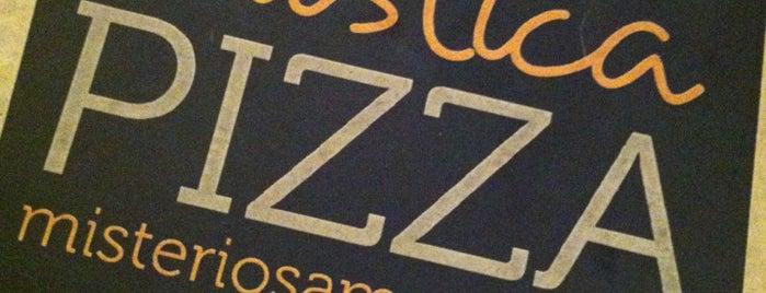 Mística Pizza is one of Sandra 님이 저장한 장소.