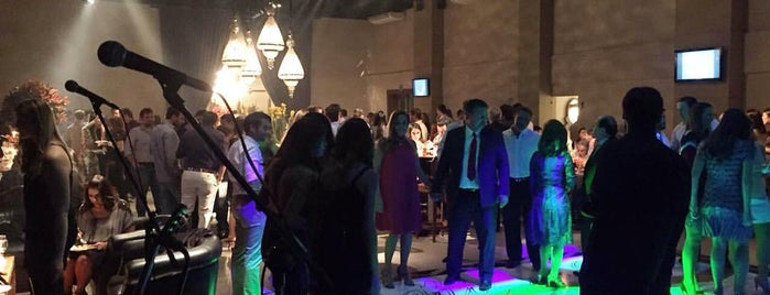 Yotedy Lounge is one of Lugares favoritos de Aline.
