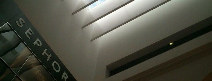 Sephora is one of Tiendas en edificios rehabilitados.
