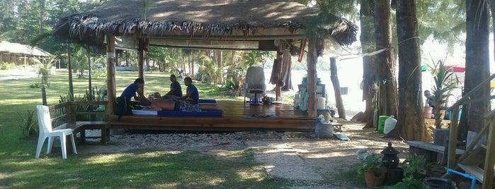 Tree Scape Thai Massage is one of Orte, die Roger gefallen.
