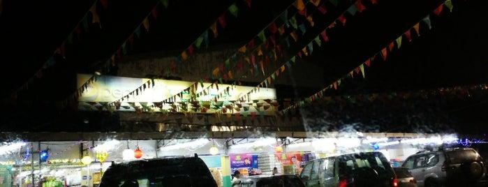 Sri Azlina Supermarket is one of S'ın Beğendiği Mekanlar.