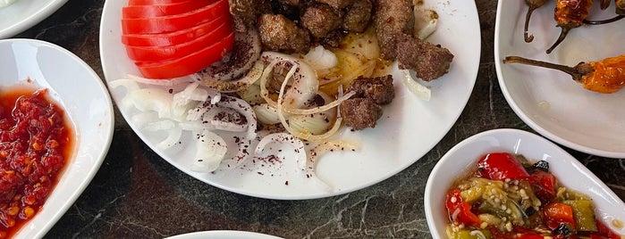 Meşhur Selimiye Edirne Tava Ciğeri is one of İZMİR EATING AND DRINKING GUIDE.