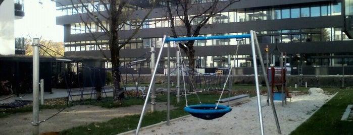 Spielplatz hinter Leopold 250 is one of Spielplätze.