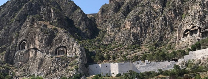 Kral Kaya Mezarları is one of MEHMET YUSUF 님이 좋아한 장소.