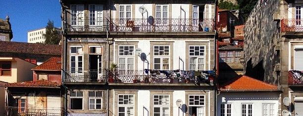 Miragaia is one of Oporto.