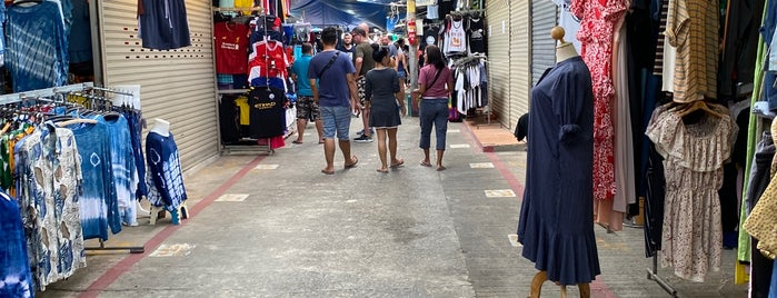 Naka Night Market is one of Freizeitaktivitäten.