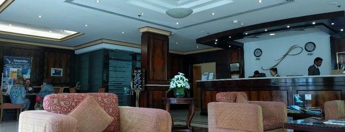Sharjah Premiere Hotel & Resort is one of Posti che sono piaciuti a Cagla.