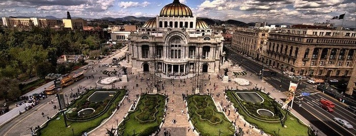 Palacio de Bellas Artes is one of 101 Mexico City musts!.