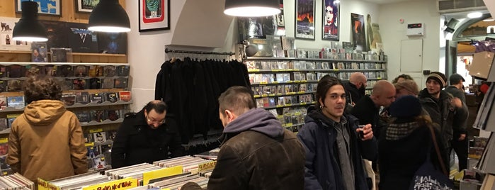 Disclan is one of Record Stores Worldwide.
