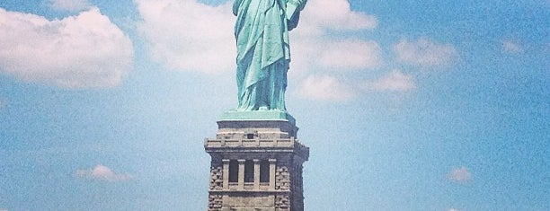 Freiheitsstatue is one of New York City Landmarks.