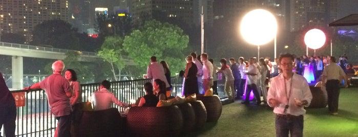 Singapore F1 GP: Turn 2 Sky Suites is one of Locais curtidos por clive.