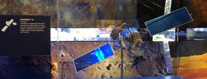 JPL Visitor Center is one of สถานที่ที่บันทึกไว้ของ Stephen.