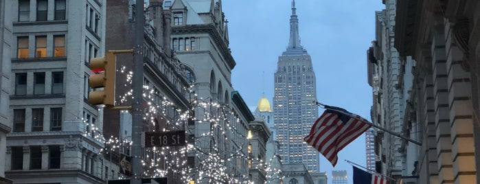 Madison Avenue is one of New York.