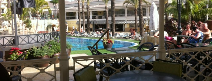 Gran Oasis Resort is one of Orte, die Yunus gefallen.