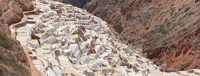 Salineras de Maras is one of Cusco y El Valle sagrado de los Incas.