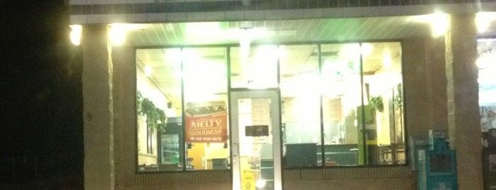 Subway is one of Davidさんのお気に入りスポット.