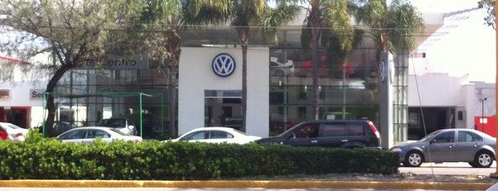 Volkswagen del Centro is one of Tempat yang Disukai Rodrigo.