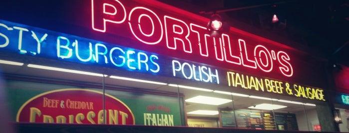 Portillo's is one of Dawn Nicole'nin Beğendiği Mekanlar.