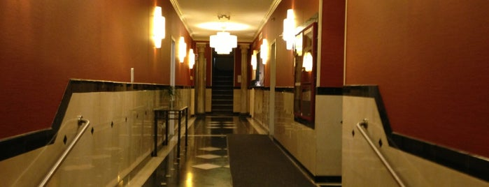 Hotel Alexander New York is one of Lugares favoritos de Héctor.