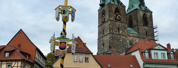 Kirche St. Nikolai is one of Mil e Uma Viagens 님이 좋아한 장소.