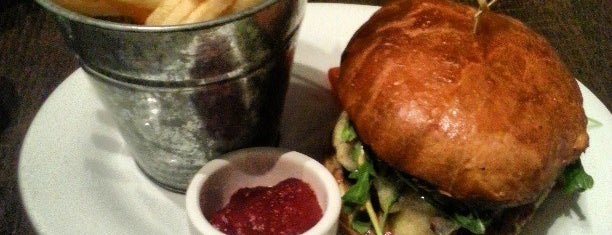 The Salted Pig is one of Best Burgers in the IE.