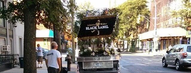 Raccuglia & Son Funeral Home is one of Lieux sauvegardés par Christopher.