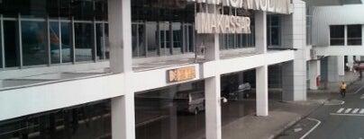Bandar Udara Internasional Sultan Hasanuddin (UPG) is one of Part 1~International Airports....