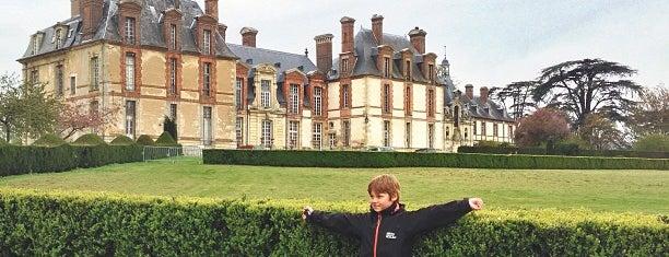 Château de Thoiry is one of Île-de-France.