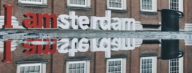Musée d'Amsterdam is one of Amsterdam.