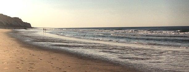 Beach Club Pine Cliffs By Olivier is one of Pam : понравившиеся места.
