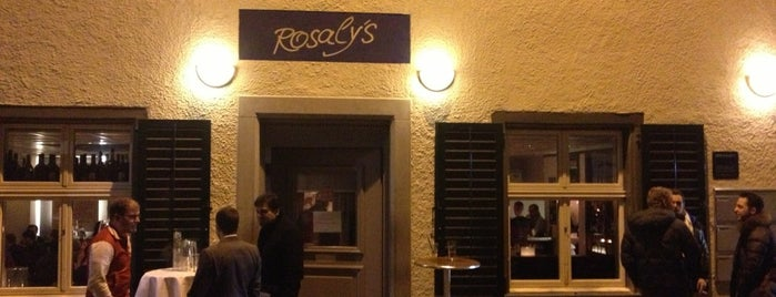 Rosaly's Restaurant & Bar is one of Orte, die Carl gefallen.