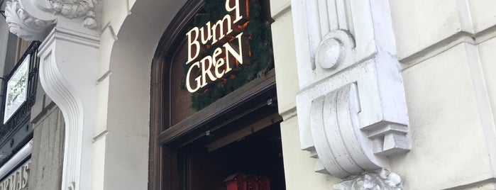 Bump Green is one of madrid. Beber y comer.