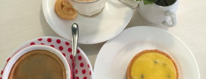Palmier Patisserie Cafe, Shoplex Mont' Kiara is one of Locais salvos de Adrien.