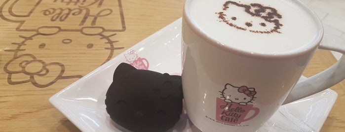 Hello Kitty Cafe is one of Locais curtidos por Andry.